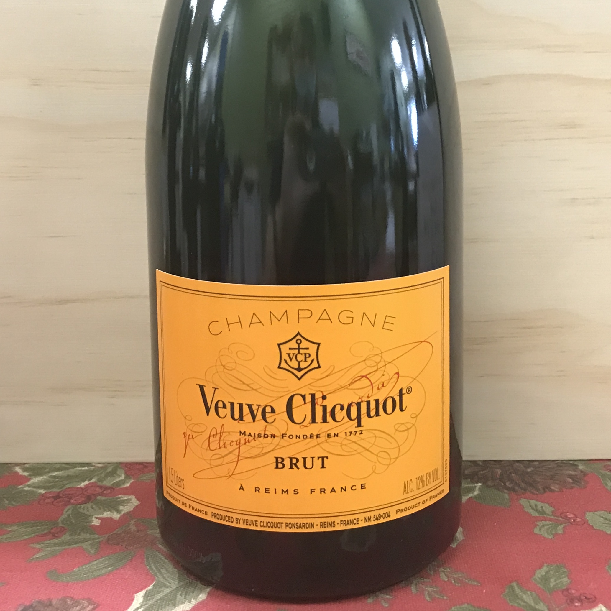 Veuve Clicquot Yellow Label Brut Champagne 1.5 Liter