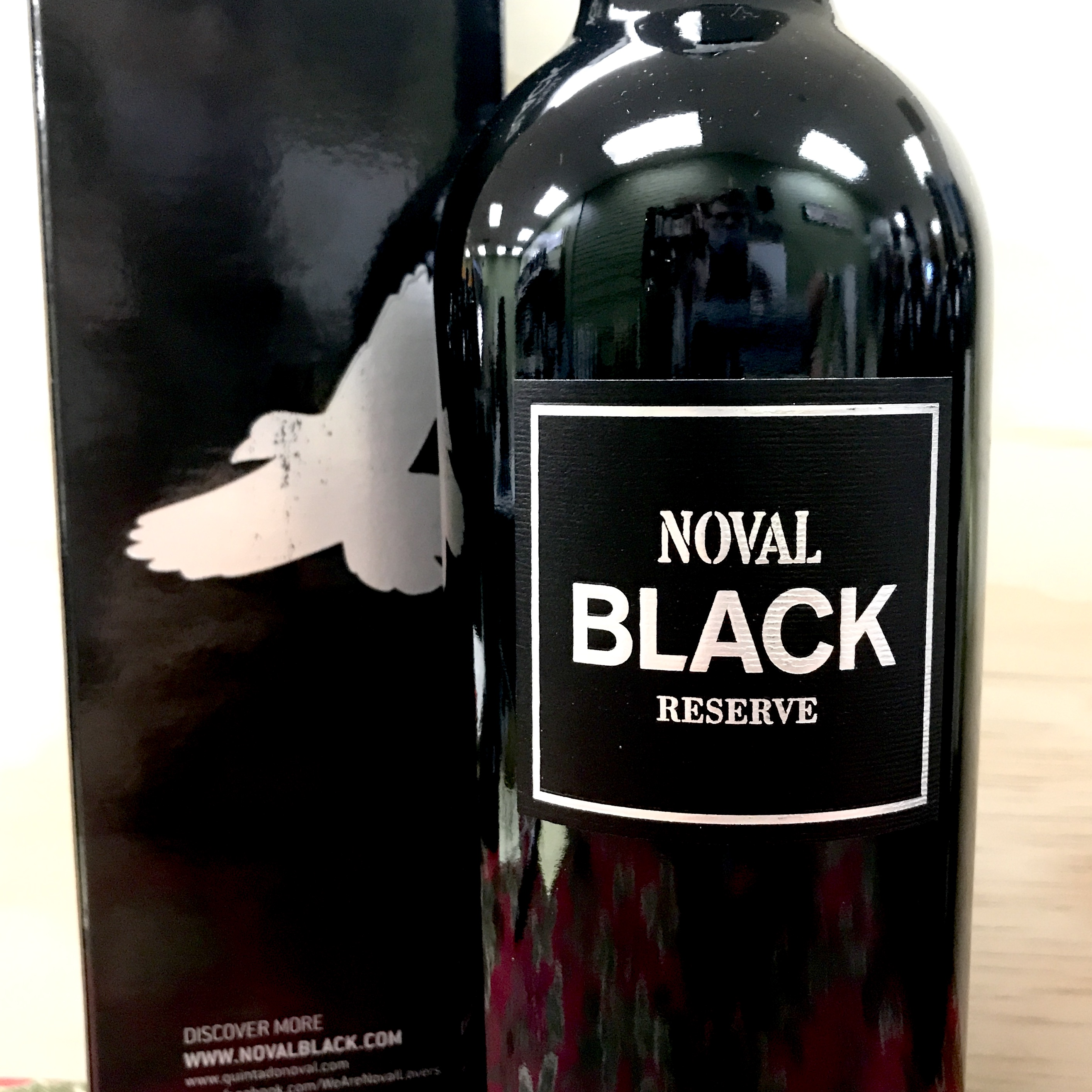 Noval Black Port NV